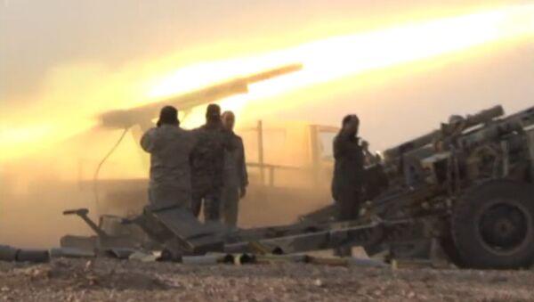Syrská vojska svádějí boj u Al Búkamálu - Sputnik Česká republika