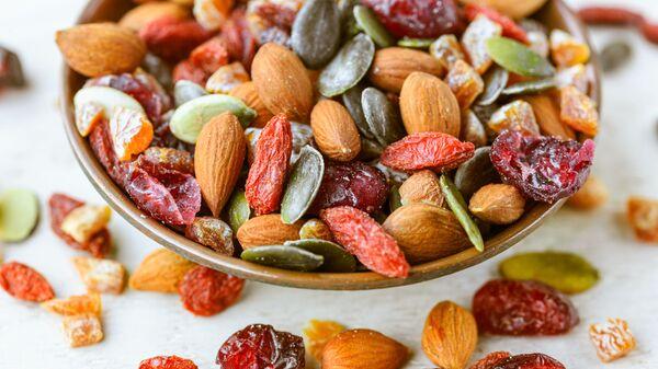 Sušené ovoce a ořechy - Sputnik Česká republika