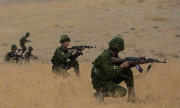 Cvičení OSKB v Tádžikistánu - Sputnik Česká republika