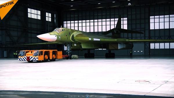 Nový Superlebeď: první prezentace obnoveného Tu-160 - Sputnik Česká republika