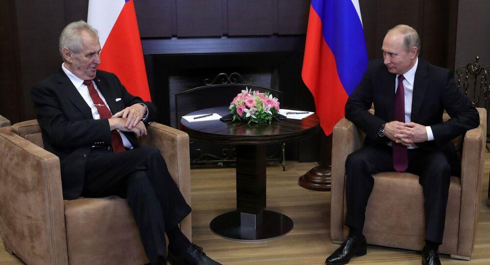 Schůzka ruského prezidenta Vladimira Putina s českým prezidentem Milošem Zemanem