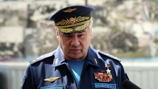 Bývalý velitel VKS Ruska Viktor Bondarev - Sputnik Česká republika
