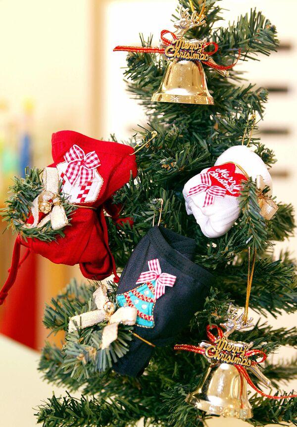 Vánoční a novoroční ozdobičky v minulosti a dnes - Sputnik Česká republika