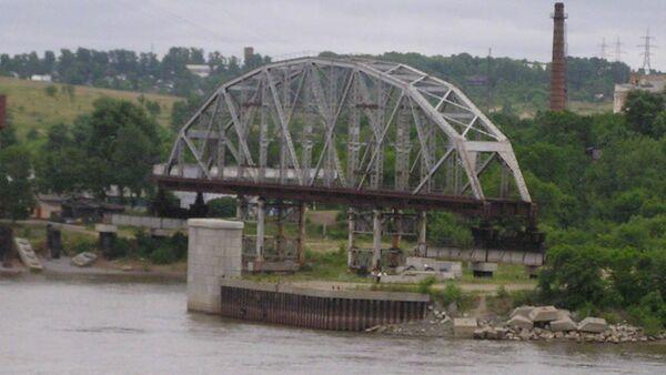 Most přes řeku Amur. Ilustrační foto - Sputnik Česká republika
