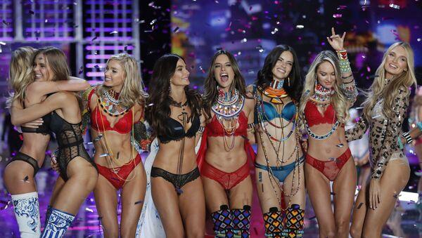 Modelky během show Victoria's Secret v Číně, 2017 - Sputnik Česká republika