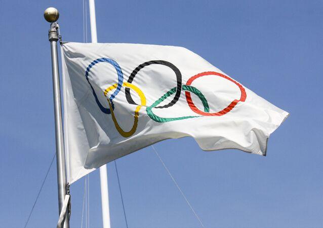 tradiční olympijská vlajka