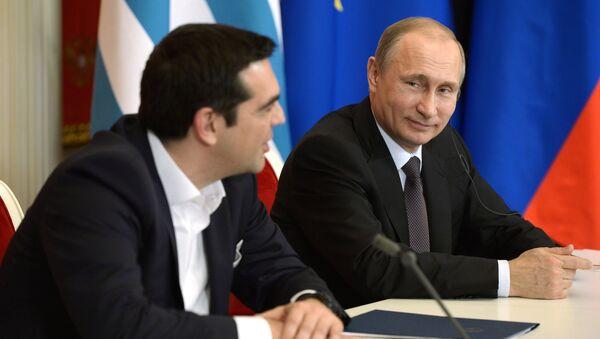 Řecký premiér Alexis Tsipras a ruský prezident Vladimir Putin v Moskvě - Sputnik Česká republika