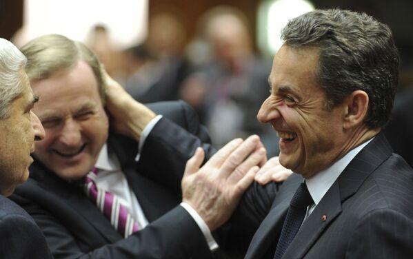 Láska nebo přátelství? Trapná vítání světových lídrů - Sputnik Česká republika