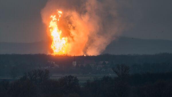 Výbuch plynového terminálu v blízkosti města Baumgarten an der March - Sputnik Česká republika