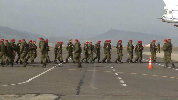 Ruští vojáci se vrátili ze Sýrie - Sputnik Česká republika