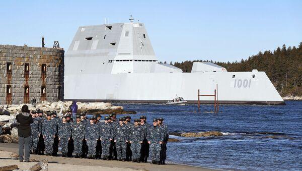 Americký torpédoborec USS Michael Monsoor - Sputnik Česká republika