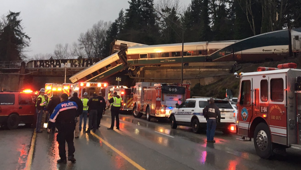 Na mostu v americkém státě Washington vykolejil rychlík - Sputnik Česká republika