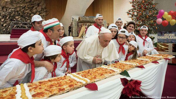 Papež František slaví narozeniny ve Vatikanu - Sputnik Česká republika
