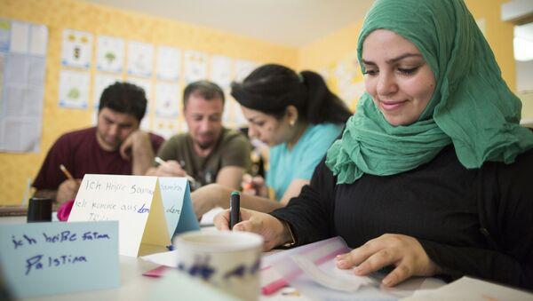 Běženci se učí německy - Sputnik Česká republika