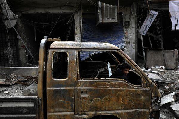 V syrském městě Rakka se objevili první civilisté - Sputnik Česká republika