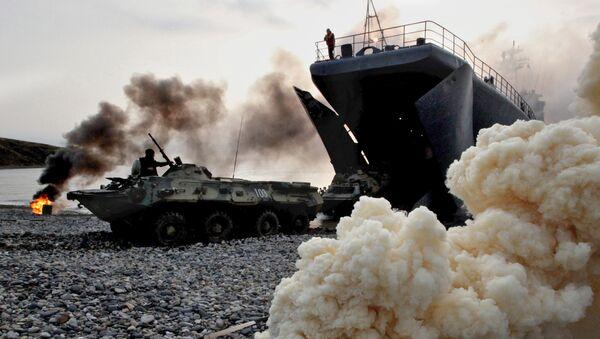 Obrněná vozidla s ruskými námořními pěšáky - Sputnik Česká republika