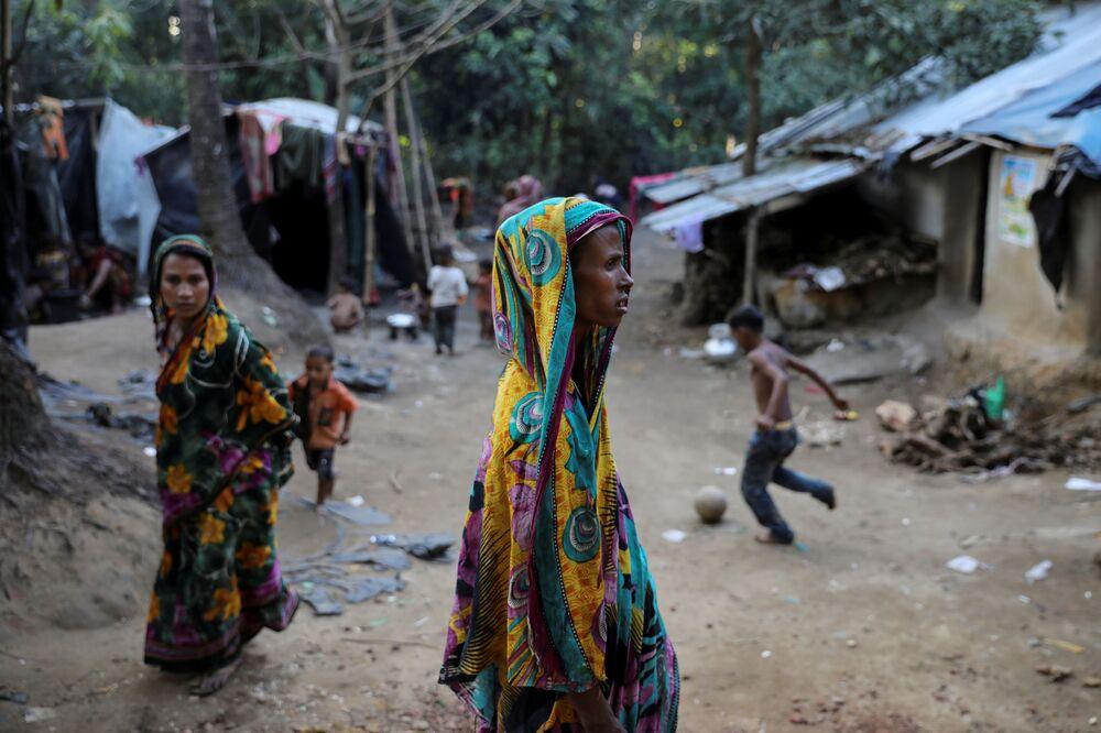 Uprchlíci Rohingyové v táboře Kutupalong Hindu v Bangladéši