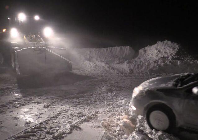 Mocný uragán změnil Sachalin na jednu velkou sněhovou závěj