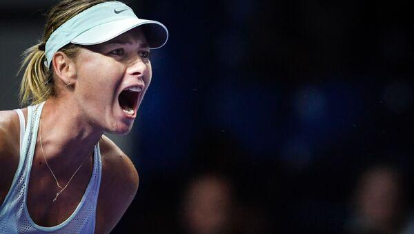 Maria Šarapovová na turnaji VTB Kremlin Cup při zápasu proti Magdaléně Rybárikové - Sputnik Česká republika