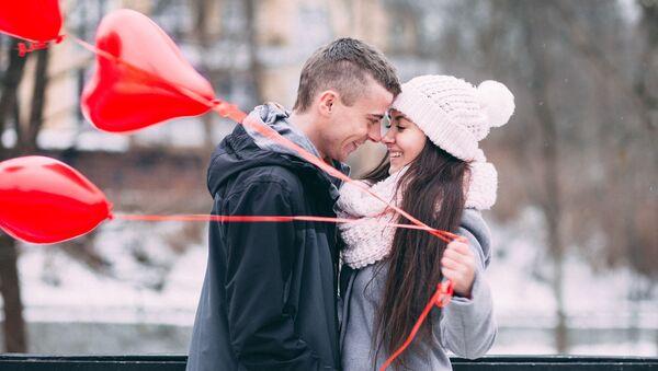Mladý pár během rande - Sputnik Česká republika