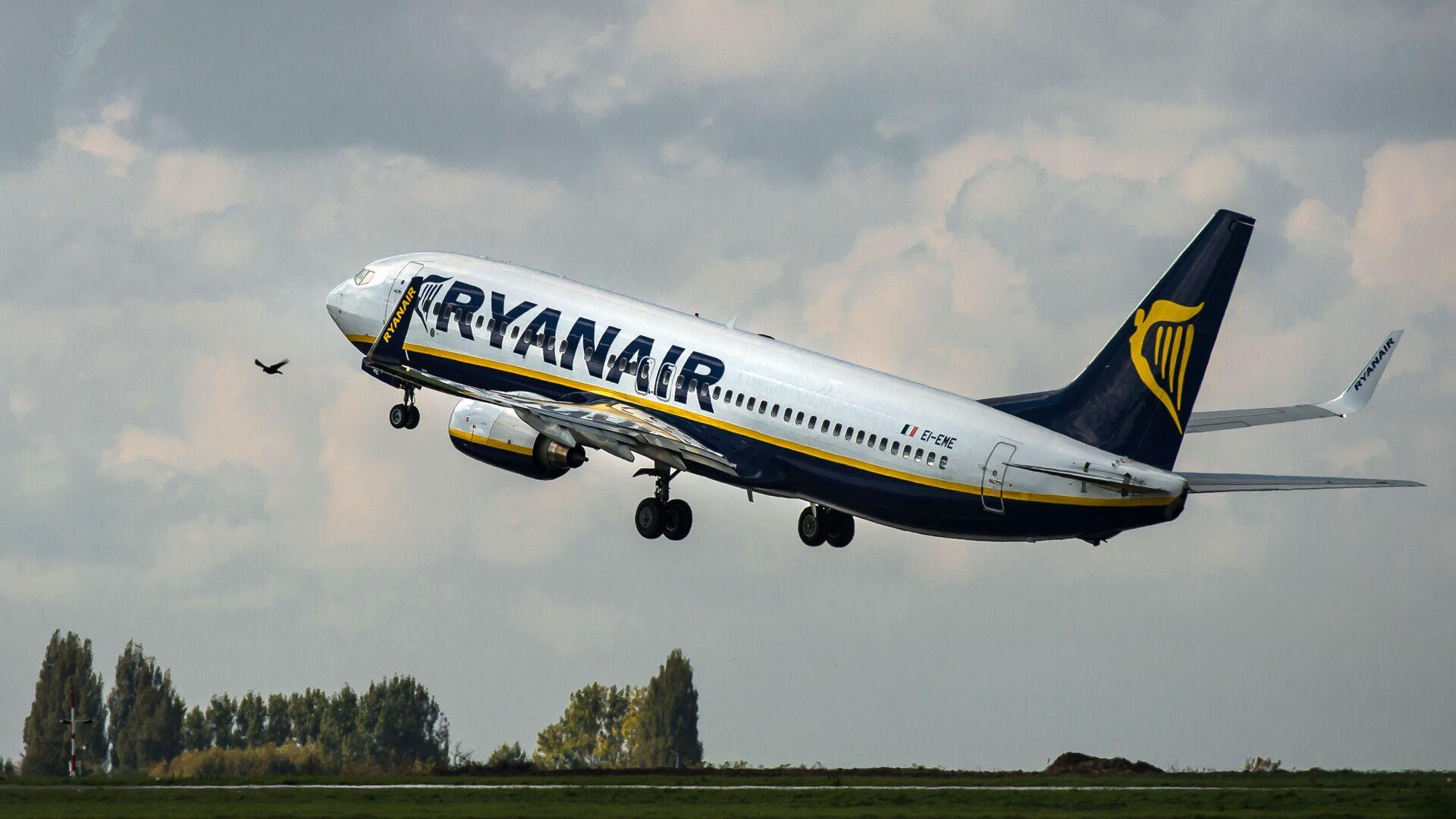 Самолет авиакомпании Ryanair  - Sputnik Česká republika, 1920, 24.05.2021