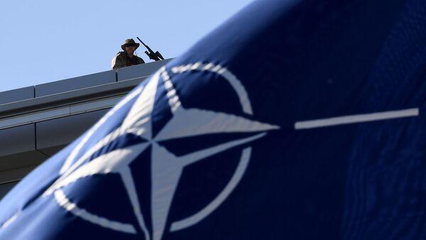 Během summitu NATO v Bruselu - Sputnik Česká republika