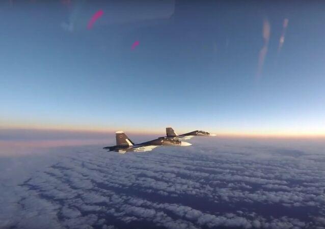 VLS USA zveřejnily video doprovodu ruských Su-30 na Baltu