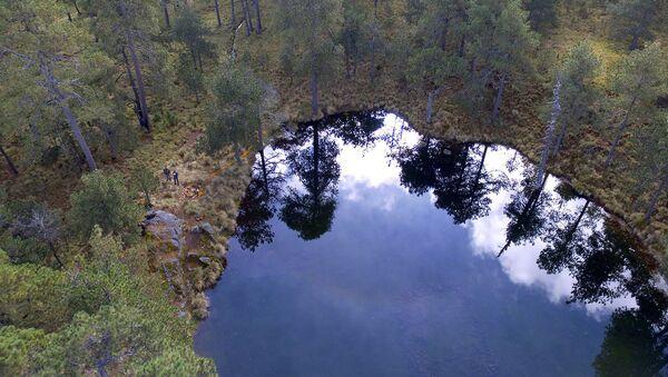 Na dně horského jezera v Mexiku našli starobylý model Vesmíru - Sputnik Česká republika