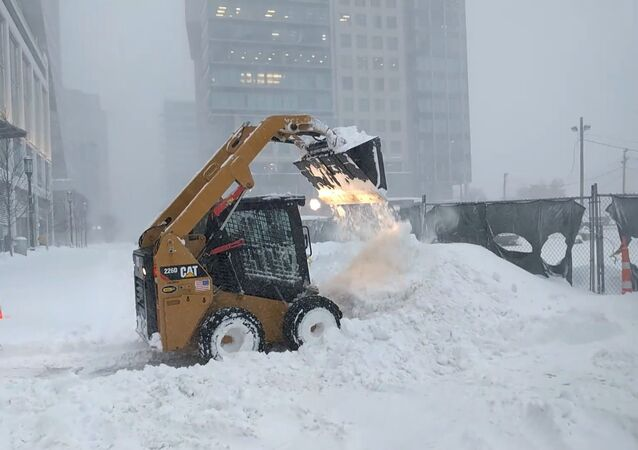 Kalamita jako na Sibiři: USA zasypal sníh