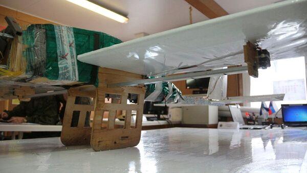 Dron teroristů, který byl použit k útokům na základny v Hmeimimu a Tartusu - Sputnik Česká republika