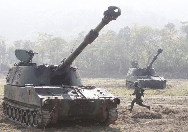 Tanky M109 během cvičení