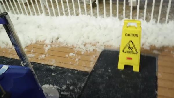 Cyklónová bomba: cestující výletní lodě zveřejnil video hrozivé bouře - Sputnik Česká republika