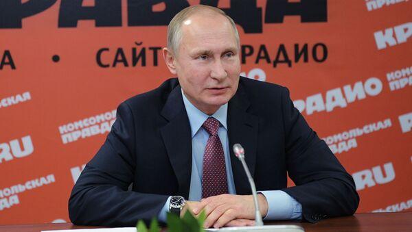 Ruský prezident Vladimir Putin na setkání s šéfredaktory ruských novin a informačních agentur - Sputnik Česká republika