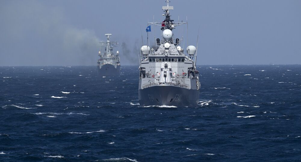 Bitevní lodě NATO v Černém moři
