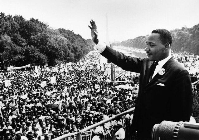 Martin Luther King mladší přednáší projev Mám sen. Washington, USA (28. srpna 1963).