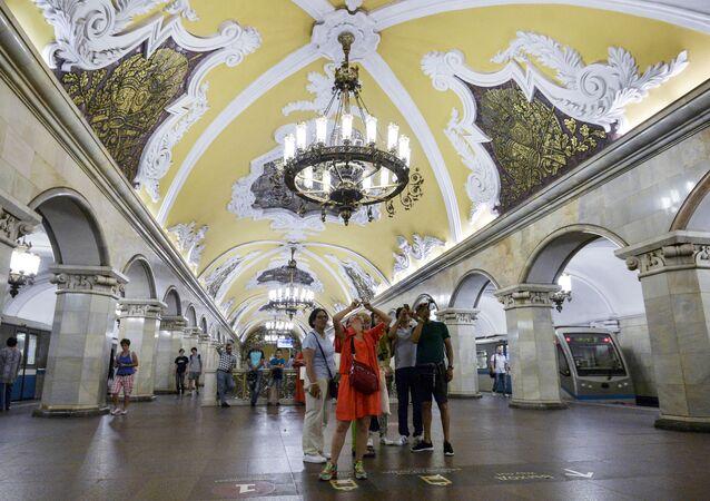 Podmanivá krása moskevského metra