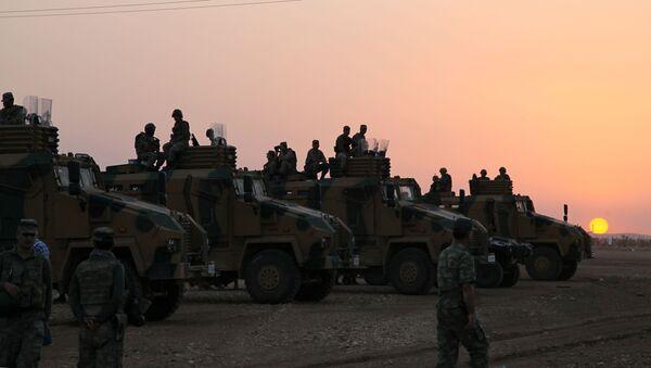 Turečtí vojáci na hranici se Sýrií - Sputnik Česká republika