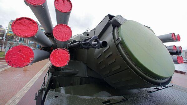 Ruský protiletadlový hybridní systém Pancir S1 - Sputnik Česká republika