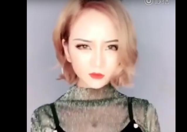 Karma je a bitch. Nový čínský flash mob