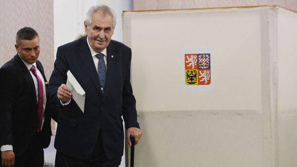 Miloš Zeman během voleb - Sputnik Česká republika
