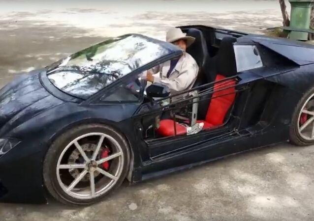 Číňan vytvořil malé Lamborghini