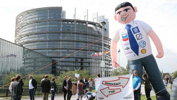 Protesty proti TTIP - Sputnik Česká republika