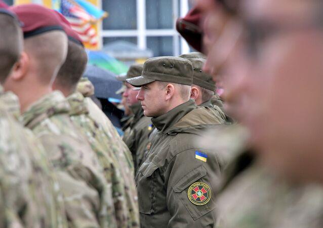 Ukrajinští a američtí vojáci