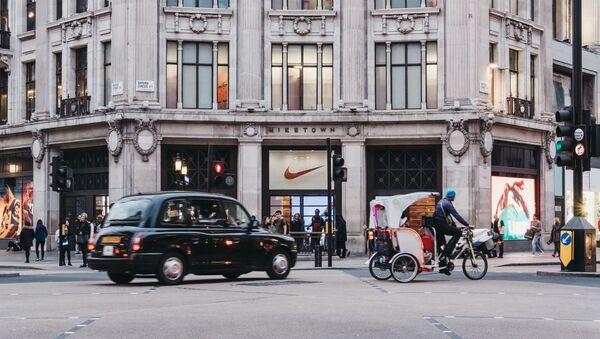 Obchod Nike v Londýně. Ilustrační foto - Sputnik Česká republika