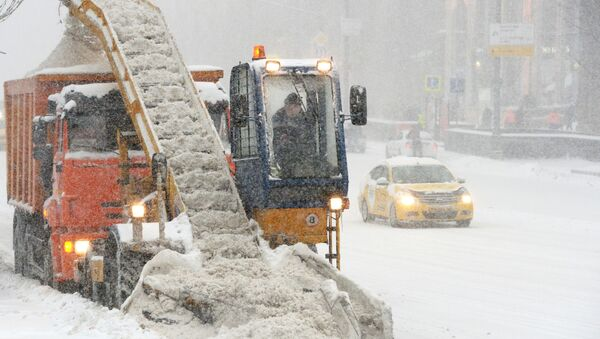 Technika na odklízení sněhu v Moskvě - Sputnik Česká republika