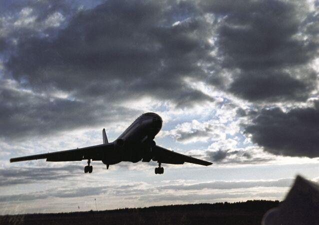 Letadlo Tu-104