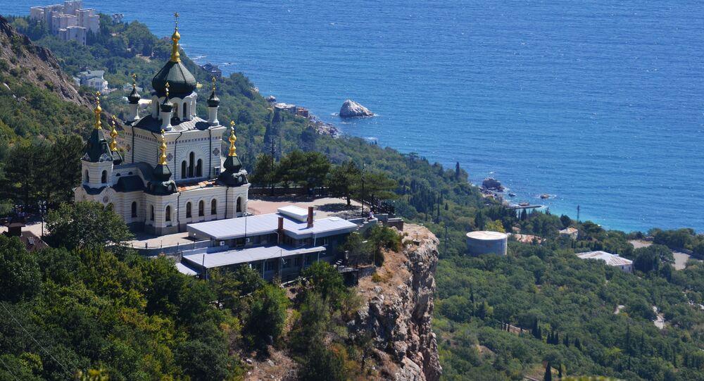 Chrám Vzkříšení Kristova ve vesnici Foros na Krymu