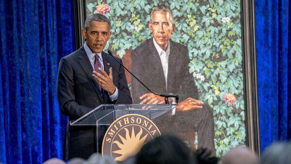 Бывший президент США Барак Обама во время презентации своего официального портрета - Sputnik Česká republika