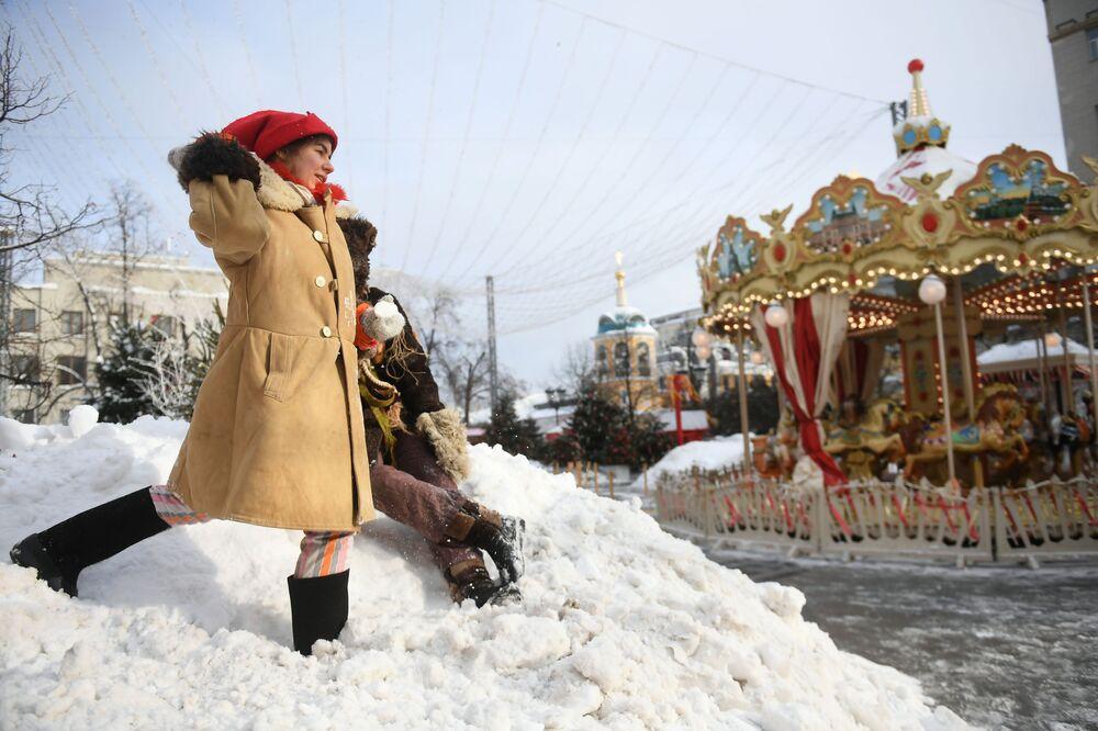 Slovanský festival palačinek: svátek Maslenica v Moskvě