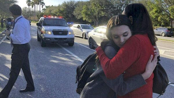 Studenti po střelbě ve škole na Floridě - Sputnik Česká republika